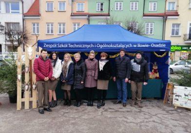 Dnia 14 grudnia 2019 uczniowie ZSTiO w Iłowie- Osadzie uczestniczyli w Kiermaszu Bożonarodzeniowym
